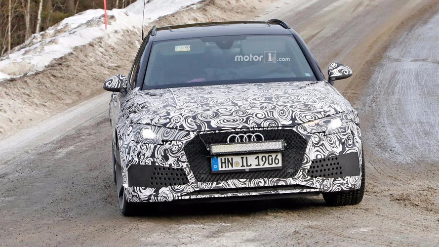 Audi RS4 Avant fotos esía
