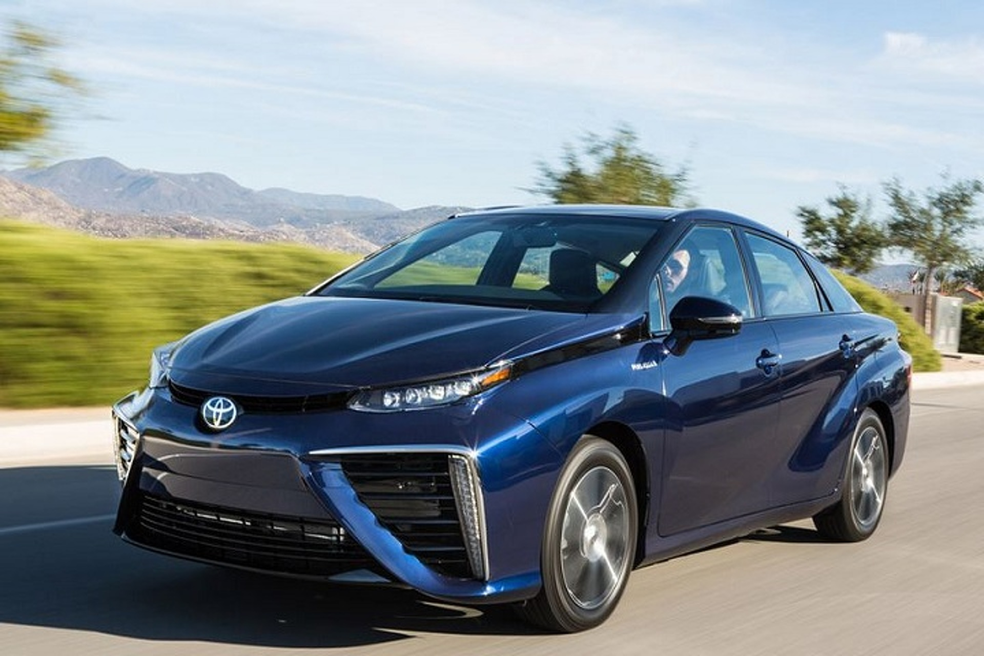 """Watch Doc Brown and Marty McFly Go """"Back to the Future"""" for the Toyota Mirai"""