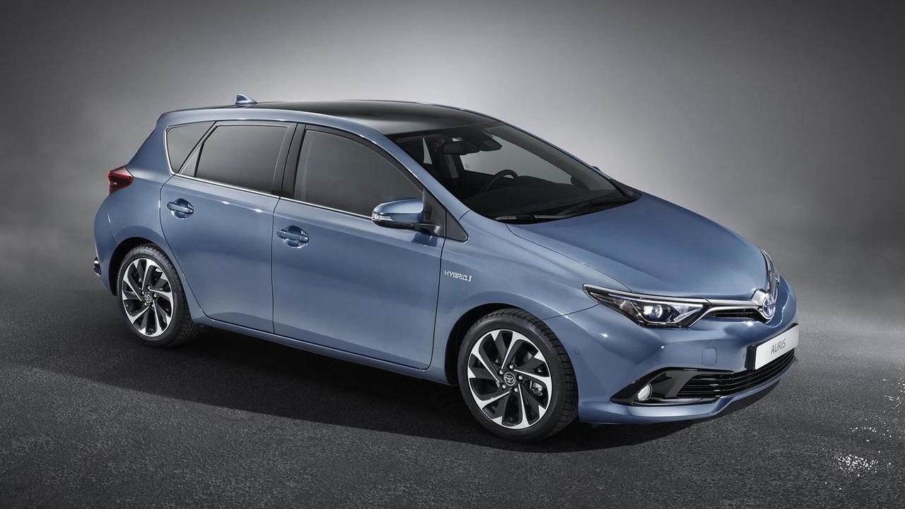 2015 Toyota Auris facelift