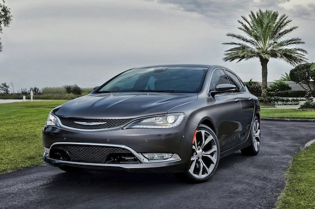 2015 Chrysler 200 Gets a Major Makeover