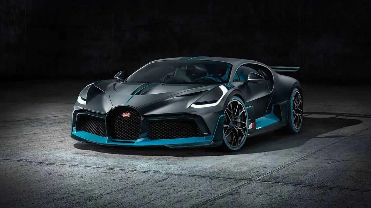 Bugatti Divo Resmi Tanıtım Görüntüleri