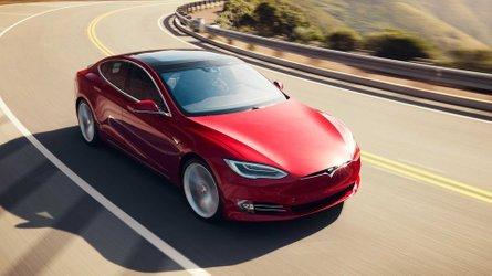 Tesla Model S e Model X, addio alle versioni base