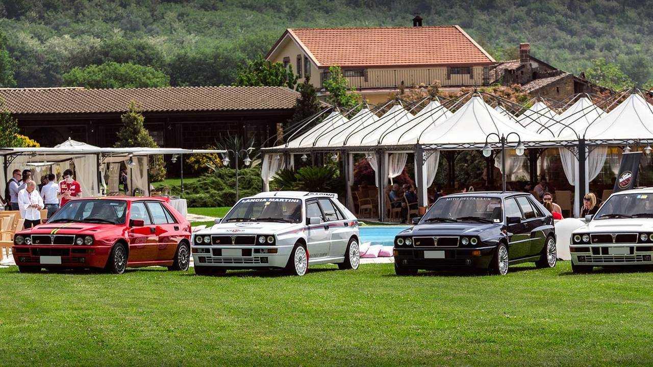 cars & coffee napoli