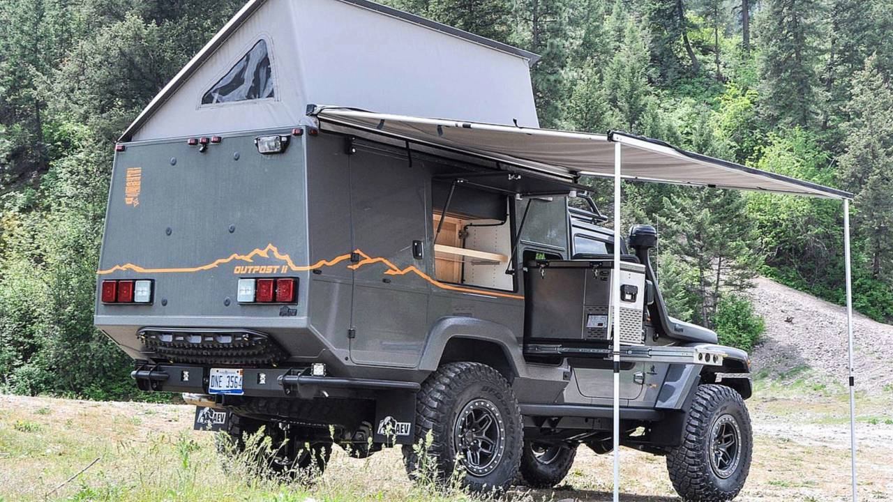 Jeep Wrangler Outpost II