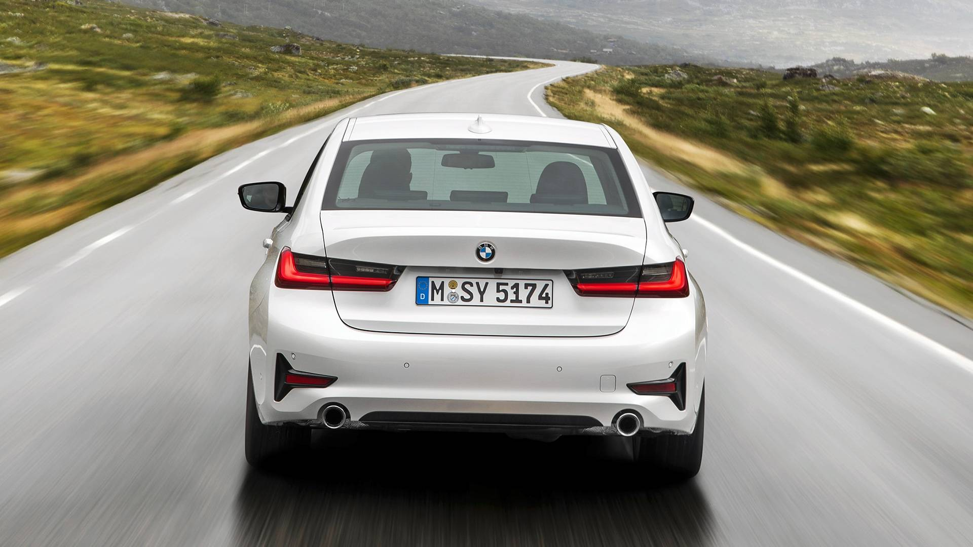 Flagra: Novo BMW Série 3 já está no Brasil e deve aparecer no Salão do Automóvel Bmw-3er-2019-modell-sport-line