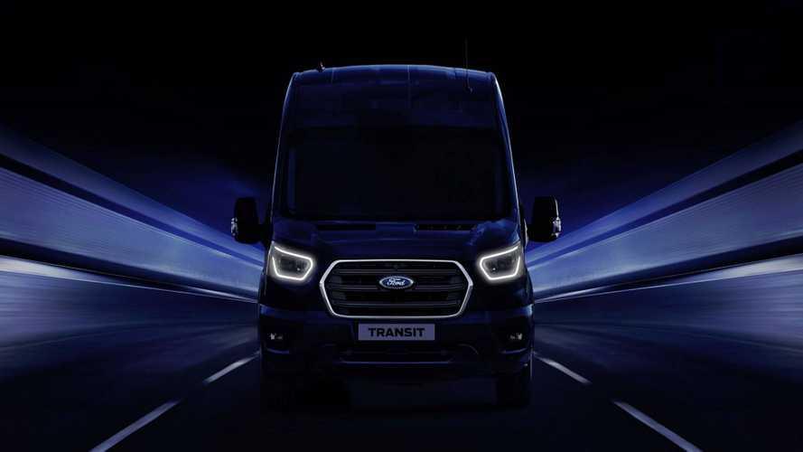 Elektromos hajtással és kommunikációs fejlesztésekkel jön az új Ford Transit
