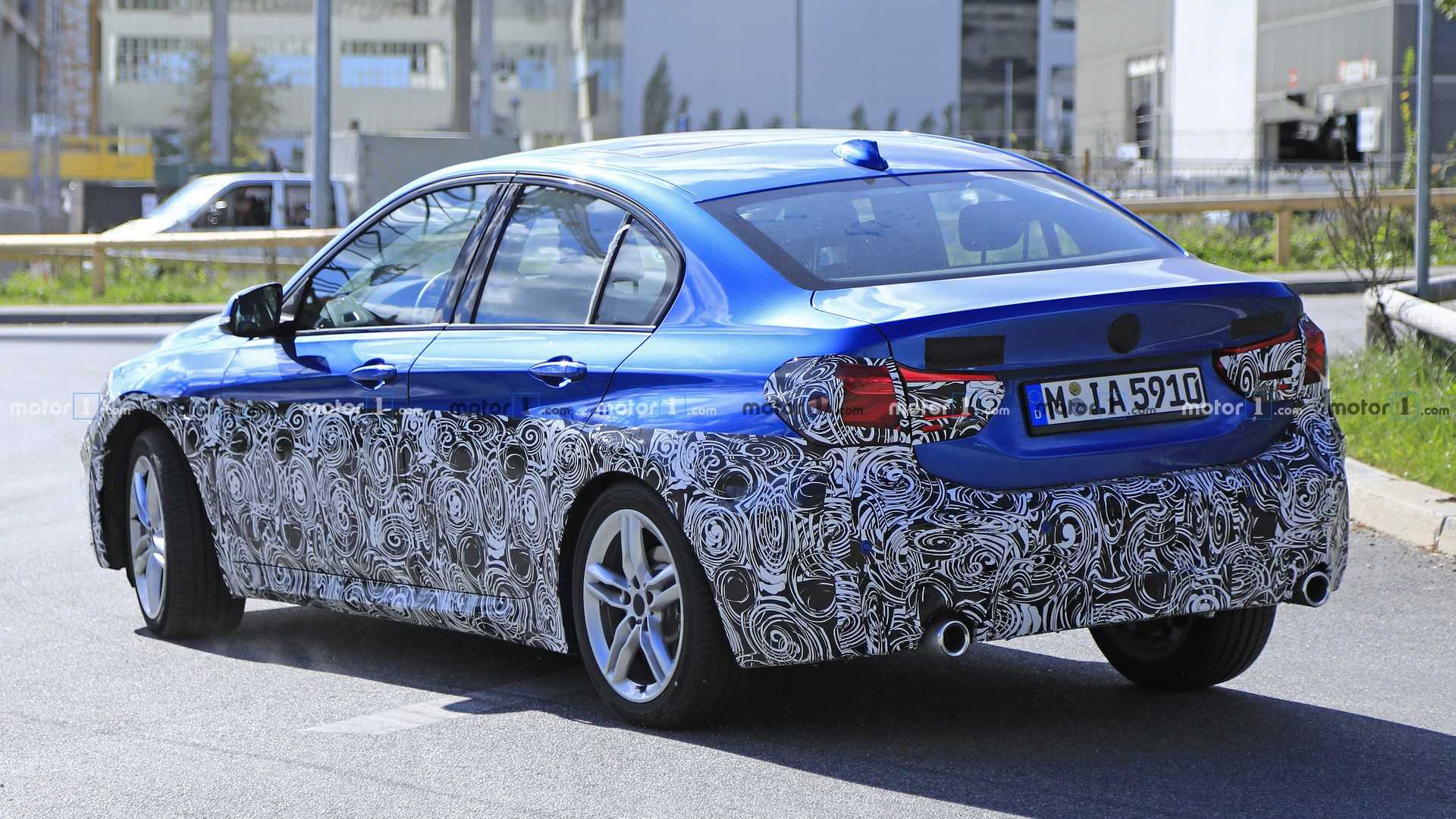 bmw-1-seri​es-sedan-f​acelift-sp​y-photo