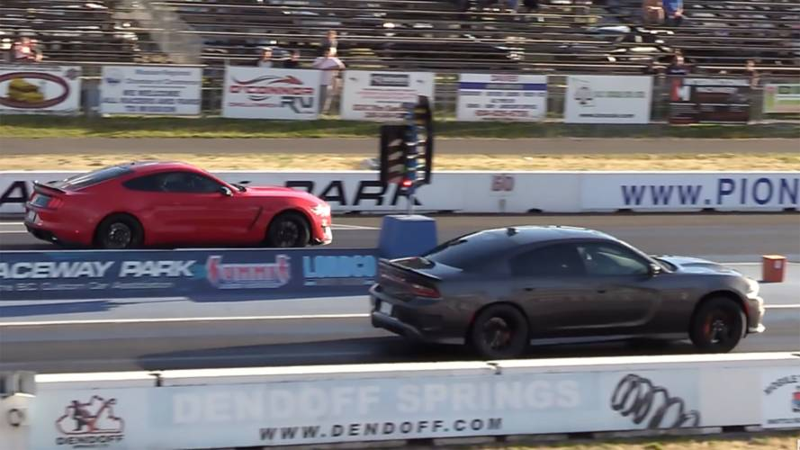 Shelby GT350 Drag Races Charger Hellcat With A Predictable Result