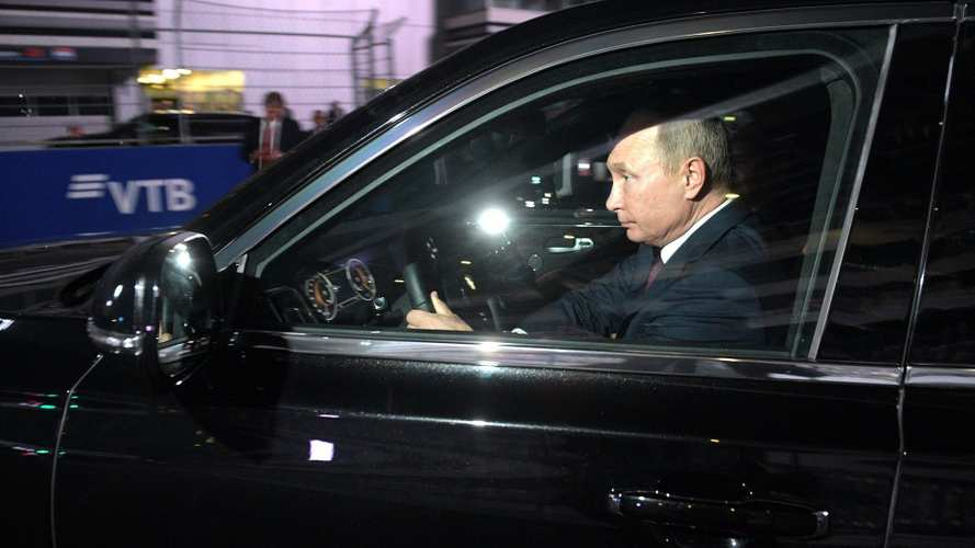 Putyin az orosz F1-pályán hajtotta meg az elnöki limuzint