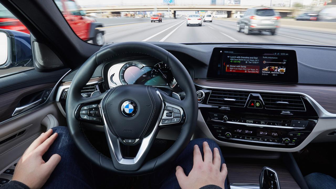 BMW, al via i test sulla guida autonoma in Cina