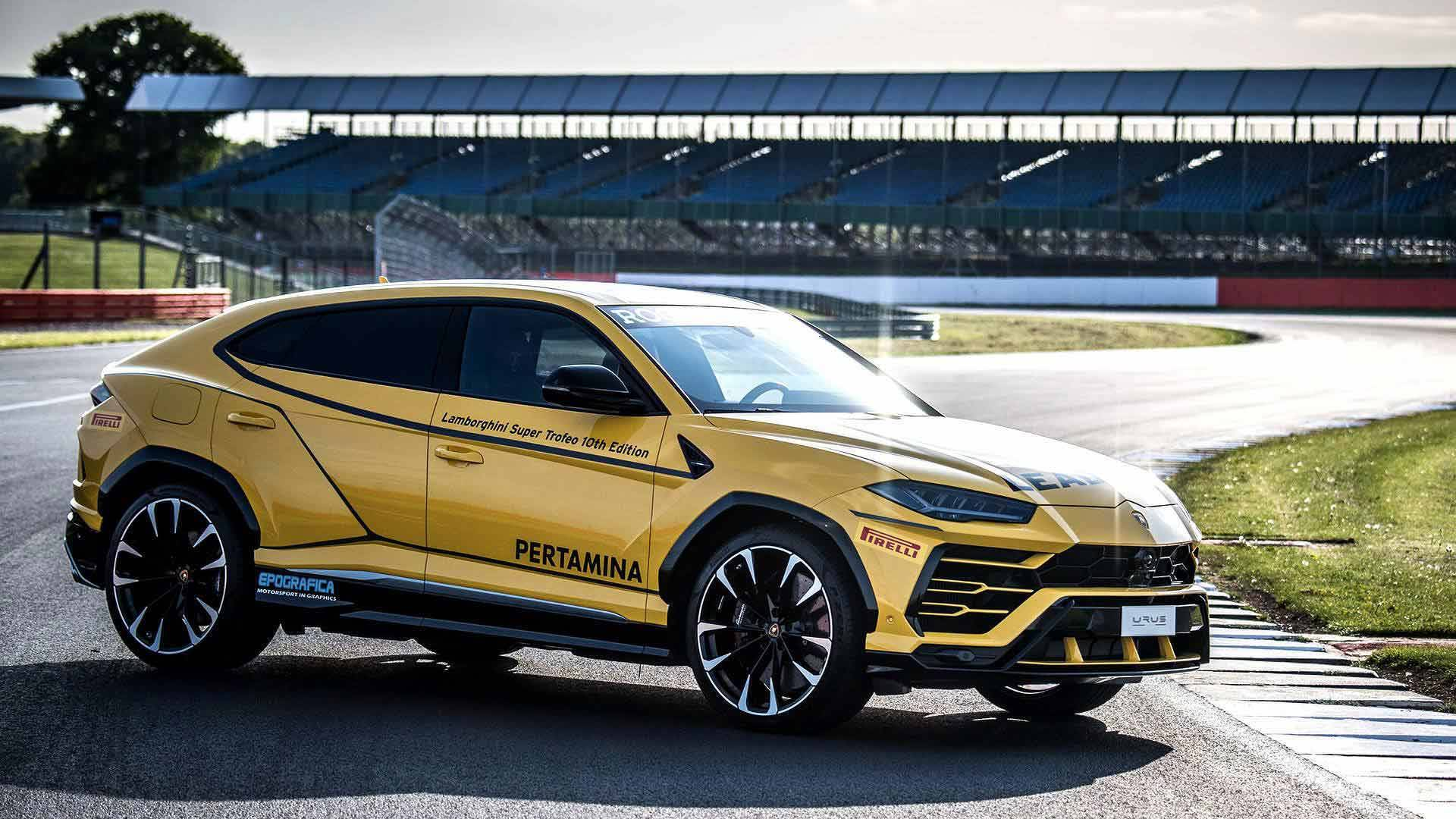 218e90eb1d6 Lamborghini Urus Dresses Up To Be Super Trofeo Europe Lead Car