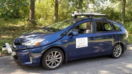 Cette voiture autonome est capable de rouler sur des routes non cartographiées