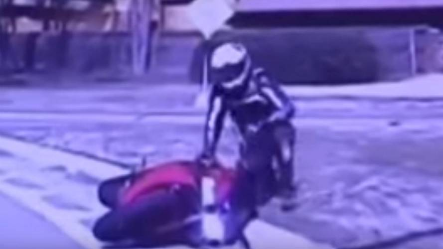 Shortest Motorcycle Chase Ever — Video Of the Day