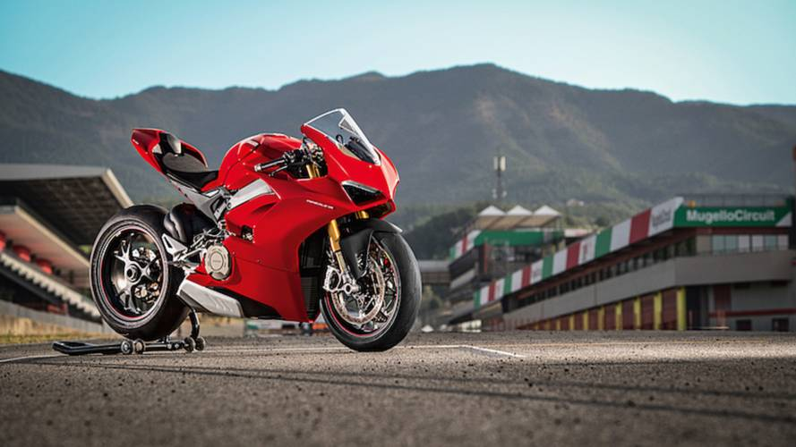 Ducati's Panigale V4 Finally Revealed