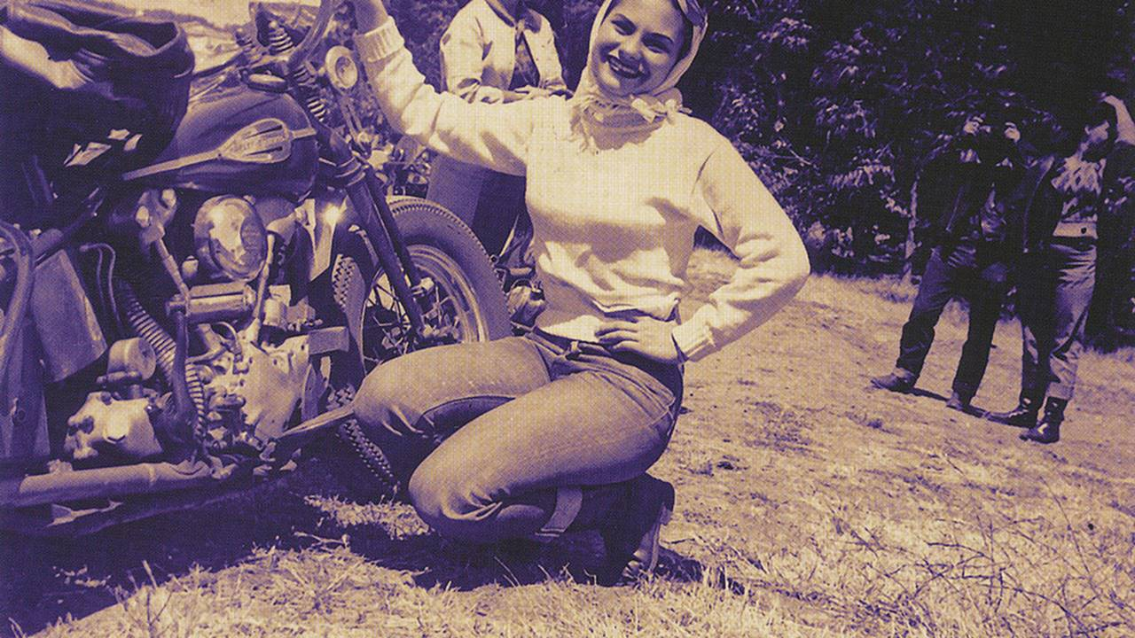 <strong>Patricia along side her 1940's Knucklehead.</strong>
