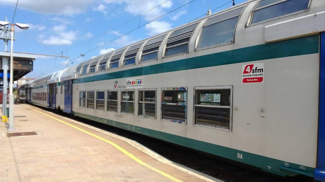 9. Più treni e meno auto per i pendolari