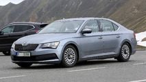 Skoda Superb spy photo
