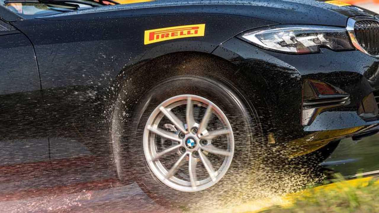 Pirelli ıslak zemin