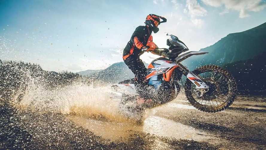 KTM 890 Adventure R Rally (2021)