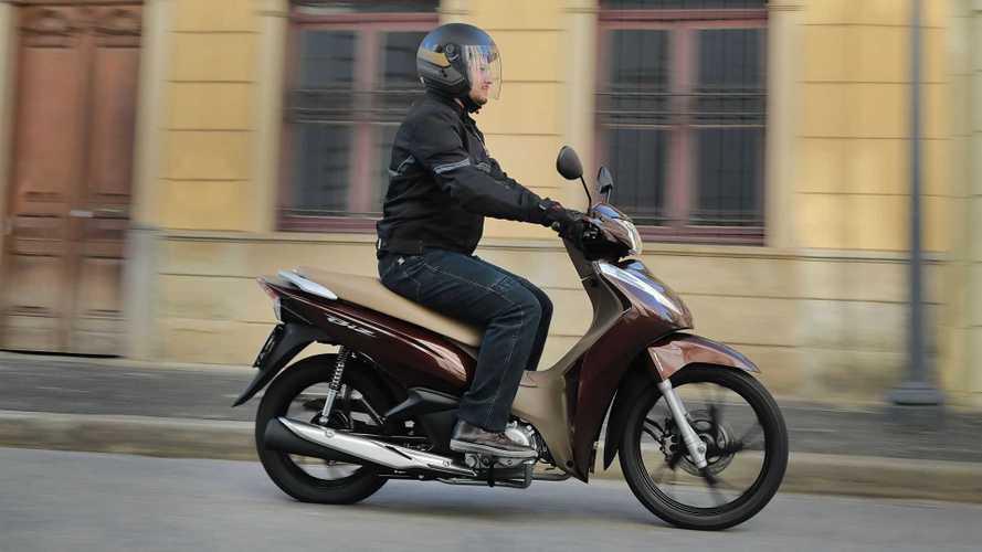 Honda Biz 125 2021 chega com nova opção de cor e preço inicial de R$ 10.590