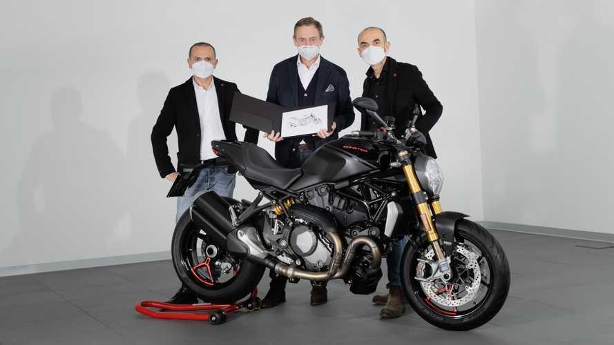 Ducati, consegnato il Monster numero 350.000