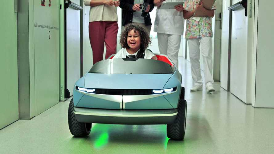 Hyundai Mini 45 puts Barcelona children's hospital patients at ease