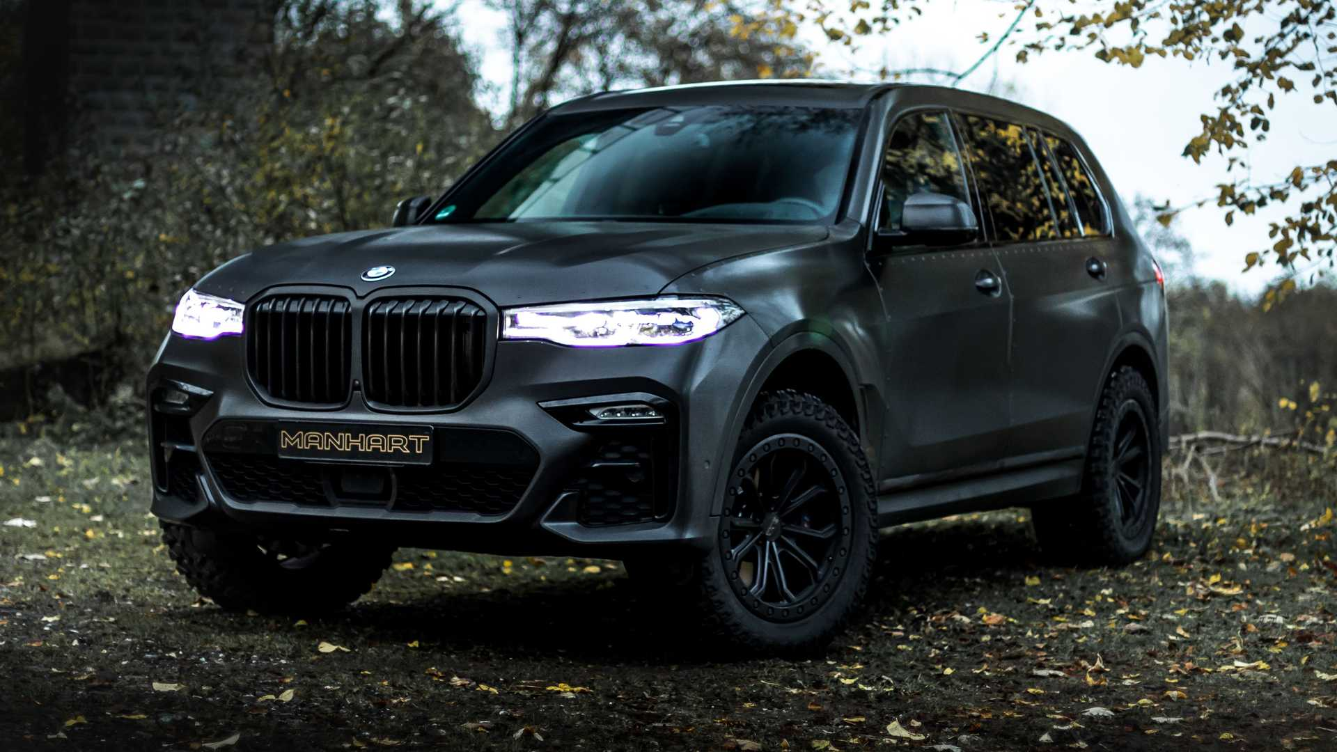 BMW X7 Dirt Edition By Manhart Joins The Army With Armored Look