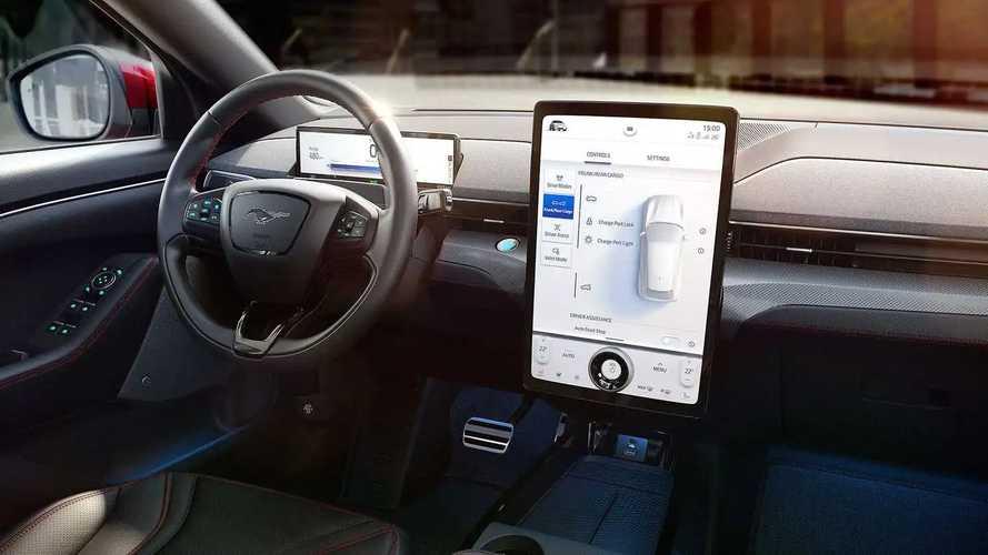 Ford zeigt neue SYNC 4 Infotainment Generation mit XXL-Touchscreen