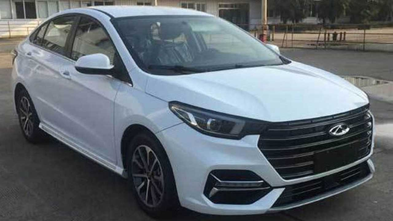 Chery Arrizo 6 renovado - Registro na China