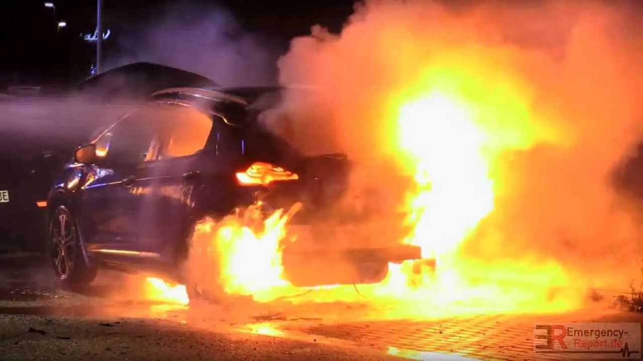 Opel Ampera-e fire (source: Emergency-Report.de)