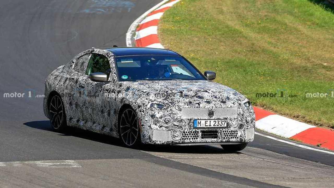 2022 BMW 2 Series Coupe spy photo