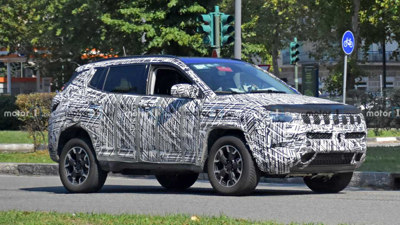 2022 Jeep Compass spy photo (front three-quarters)