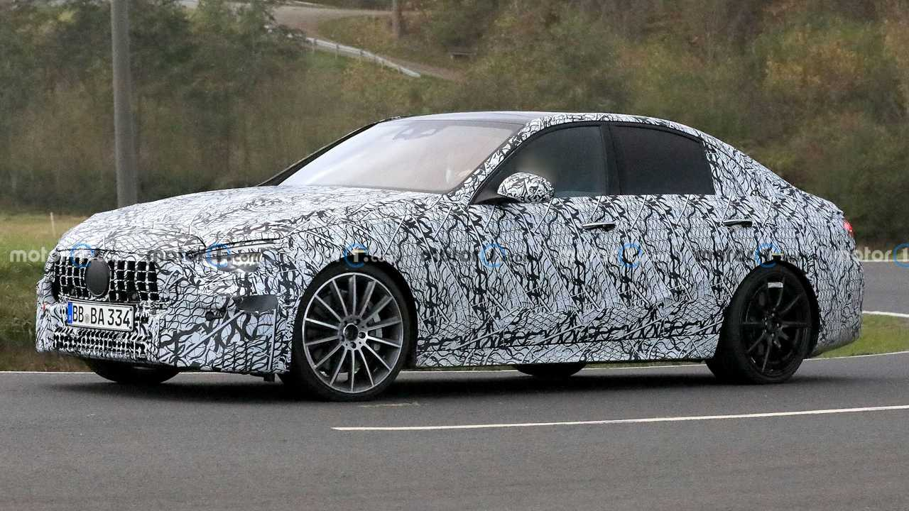 2022 Mercedes-AMG C53 Spy Photos