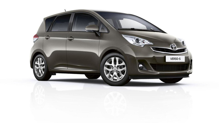 2015 Toyota Verso-S facelift revealed