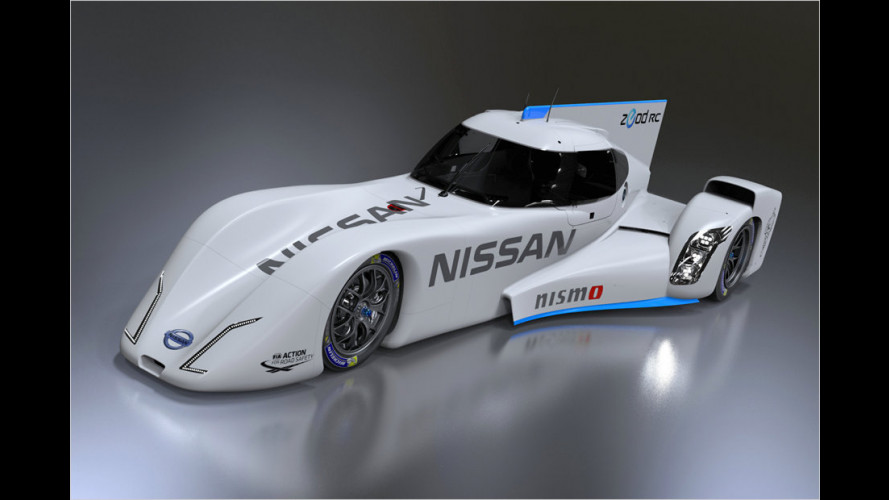 Le-Mans-Renner Nissan Zeod RC in Japan enthüllt