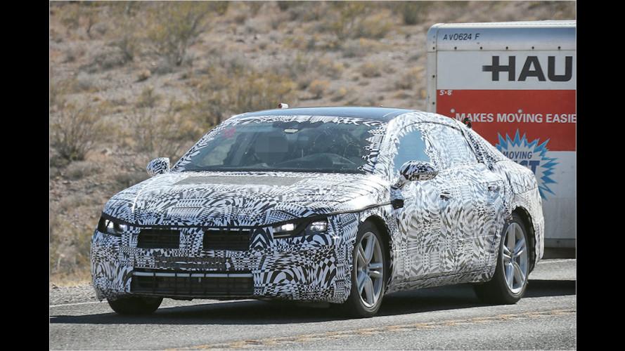 VW Passat Coupé als Erlkönig: Erste Bilder vom CC-Nachfolger