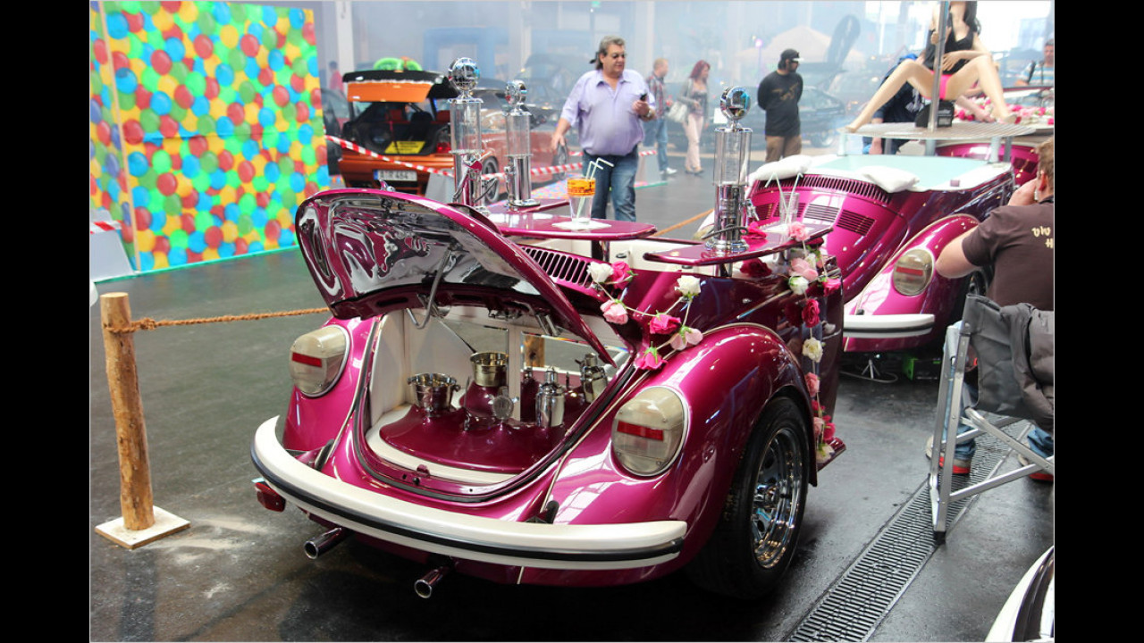 VW Käfer plus mehrere Anhänger