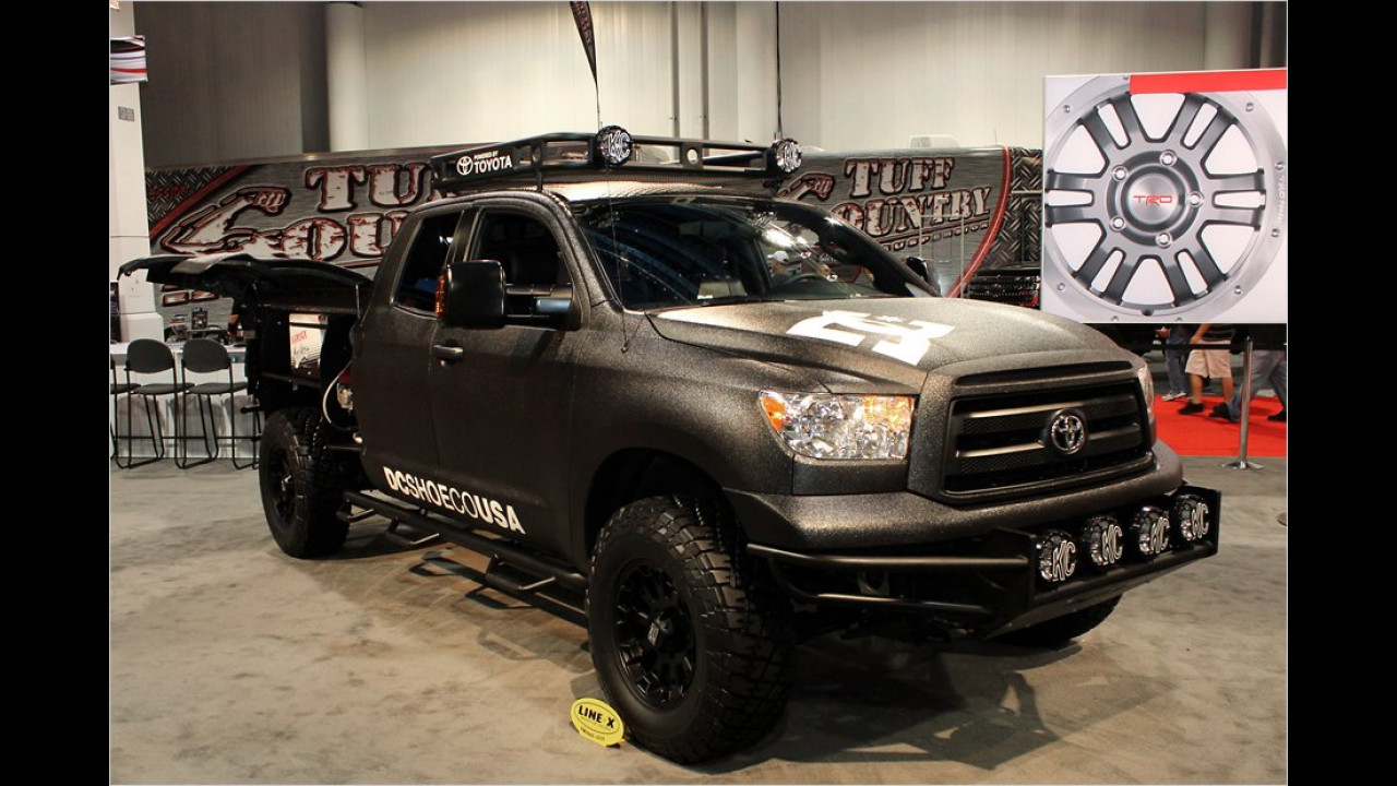 Toyota Tundra Motorcross Truck