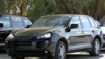 Porsche Cayenne Facelift Spy Photos
