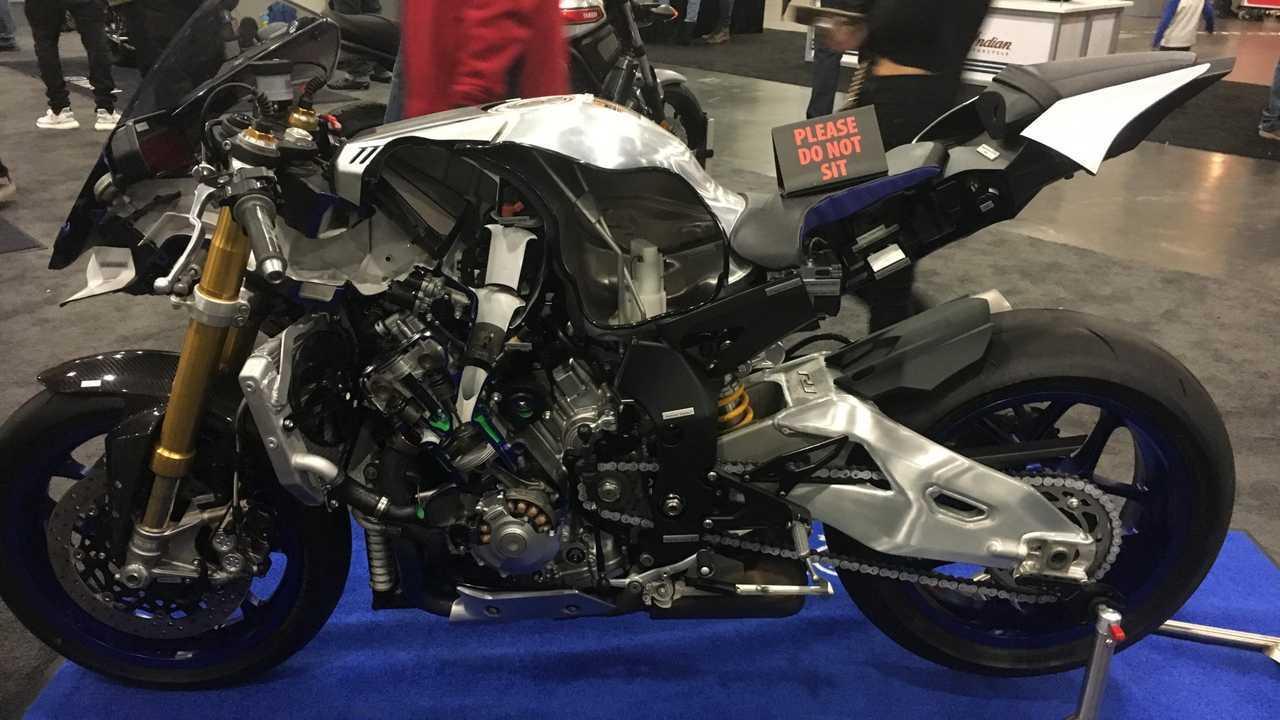 Cutaway Yamaha R1M