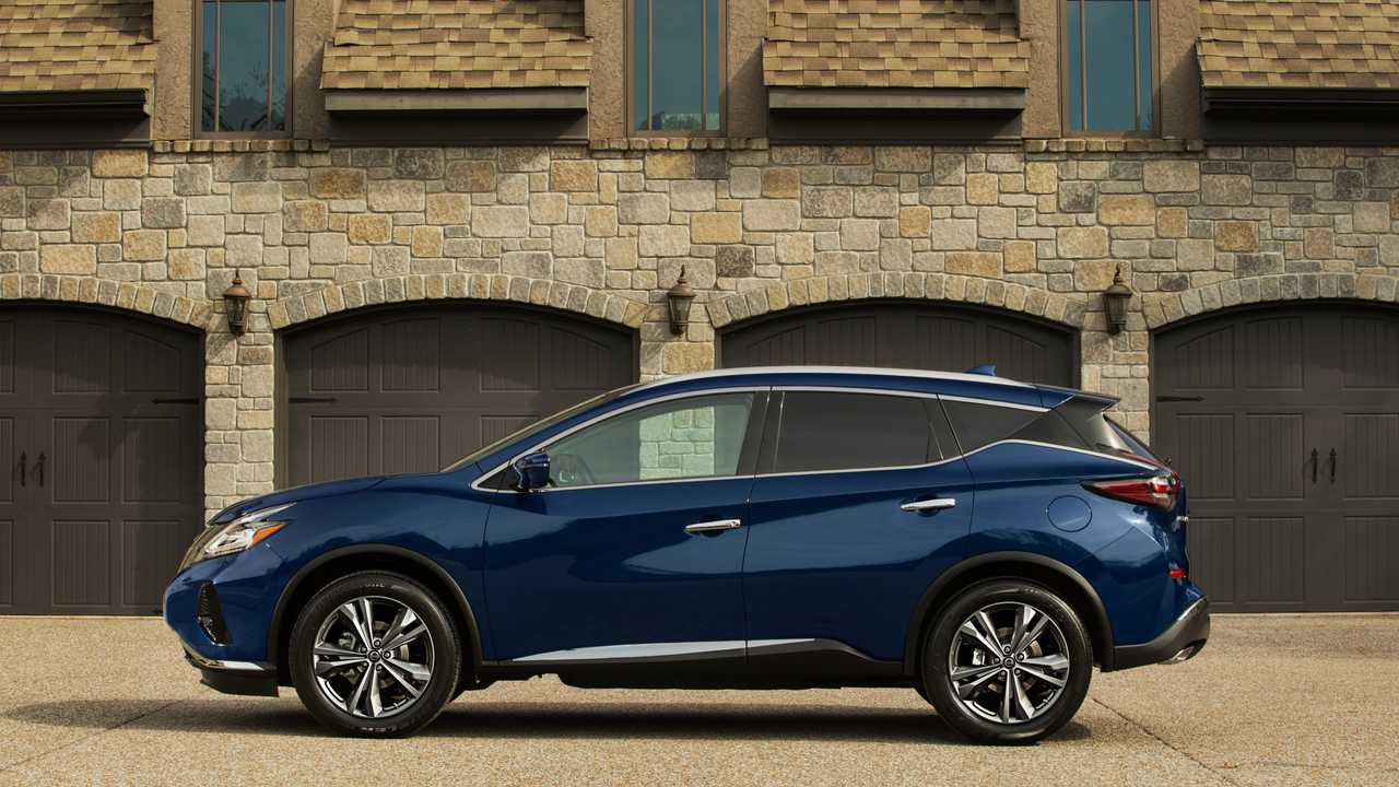 2019 Nissan Murano Shows Minor Facelift, New Colors At LA
