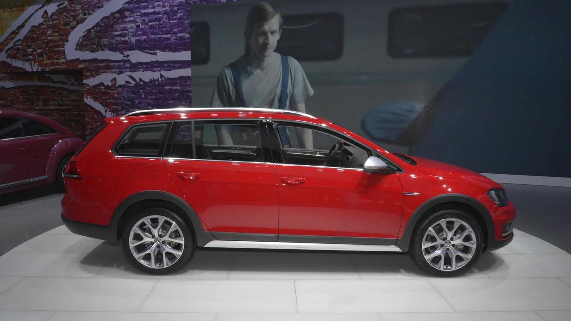 Volkswagen Golf Sportwagen Alltrack Brings Rugged Body To Ny Goes On In 2016
