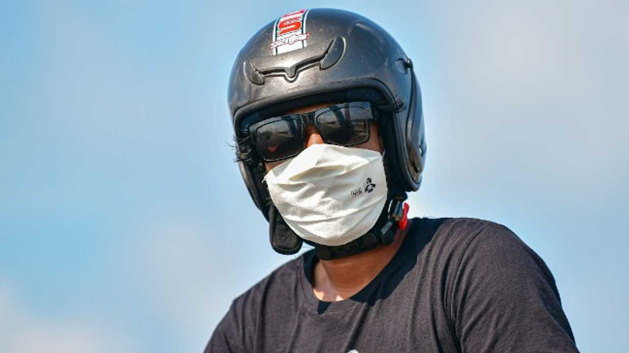 Face Masks Required While Riding Motorcycles In The Philippines