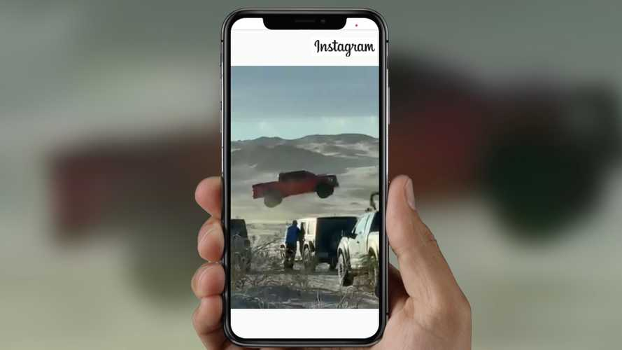 2021 Ford F-150 Raptor Easily Lands Massive Jump In The Desert