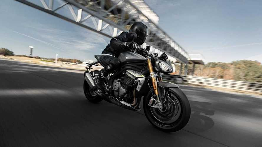 Nova Triumph Speed Triple 1200 RS estreia com design invocado e 180 cv