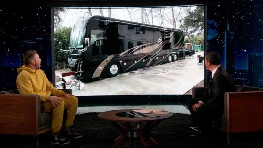 Dax Shepard Bought A Sweet Million-Dollar Luxury RV With 605 HP