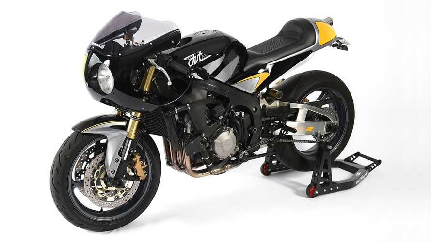 This Custom CBR600RR Strikes A Balance Between Retro And Modern