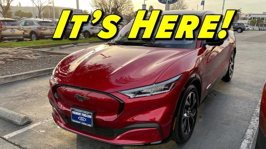 Ford Has A Different Way Of 'Leasing' The Mustang Mach-E