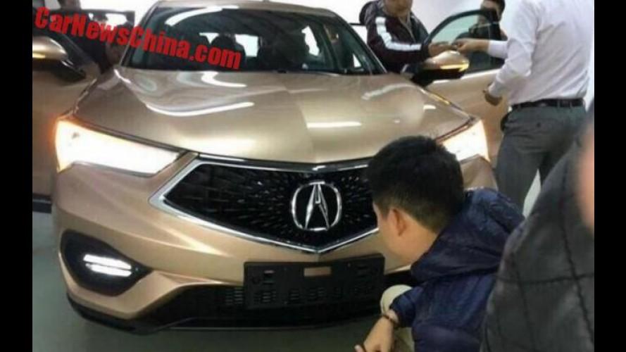 Flagra: versão de luxo do HR-V, Acura CDX tem motor 1.5 turbo
