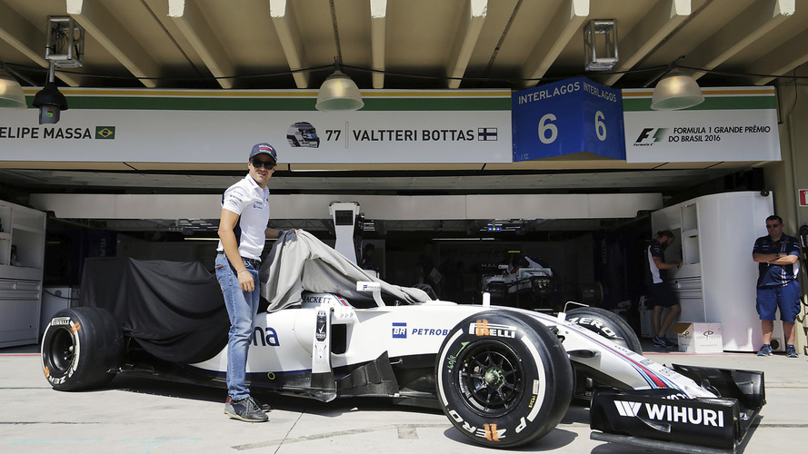 Fórmula 1 - Williams presenteia Massa com carro utilizado no Brasil